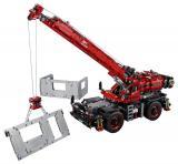 LEGO Technic 42082 Terénní jeřáb - rozbaleno