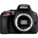 Nikon D5600 černý tělo