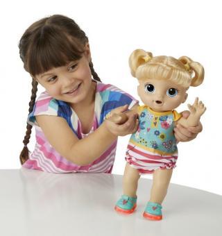Hasbro Baby Alive Blond panenka s brýlemi - rozbaleno