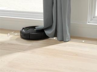 IROBOT Roomba 696 - použité