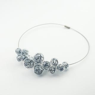 Skleněný modrý náhrdelník Ko-ra-le Wired Foam