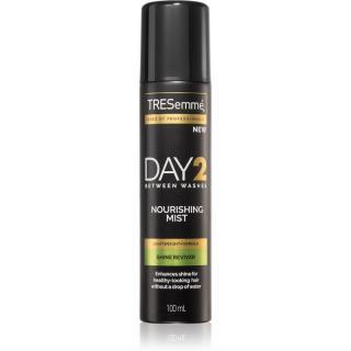 TRESemmé Day 2 Shine Reviver sprej na vlasy s vyživujícím účinkem 100 ml